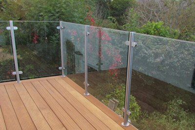 glass post deck railing