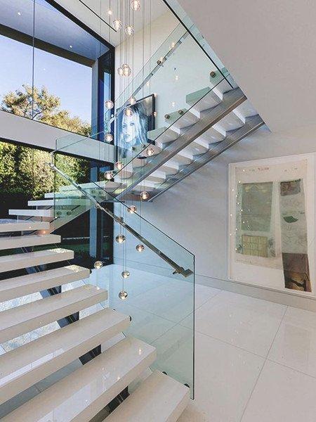 U Shaped Staircase USTR406