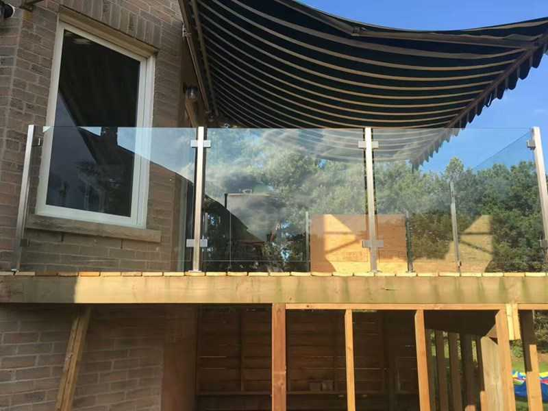Deck Glass Railing Ideas