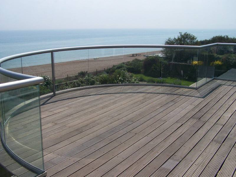 beachfront glass deck railing curved glass railing Los Angeles supplied by foshan demax